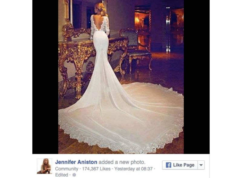 Don\'t Be Fooled: These Are NOT Jennifer Aniston\'s Wedding Dresses