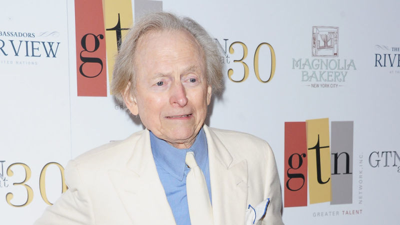 essay on the right stuff by tom wolfe The right stuff tells the untold story of those who were a part of the  and  technical promotions, but tom wolfe, the author prefers to focus on the.
