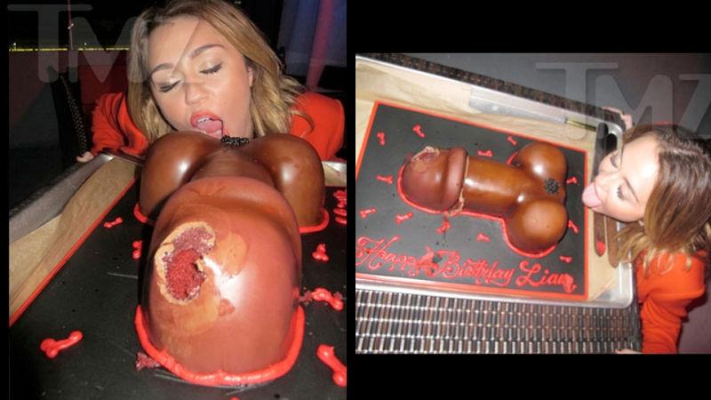 naked-girl-eating-penis