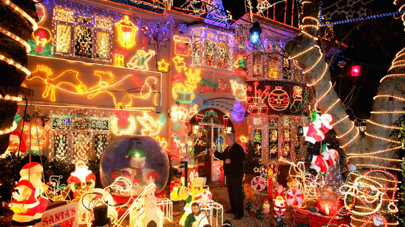 behold the worlds craziest christmas lights
