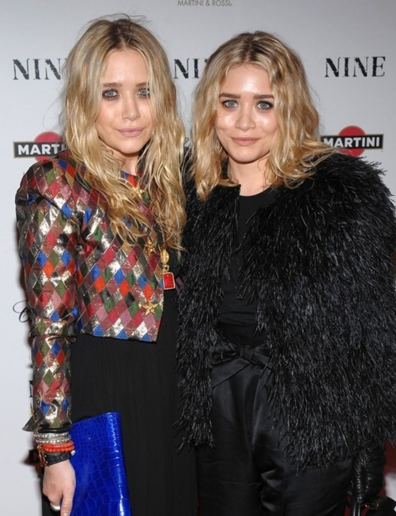 Mary kate and ashley olsen who are they hookup
