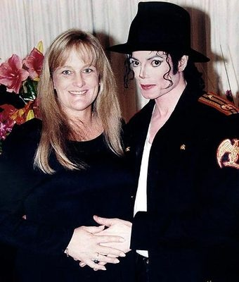 Michael Jackson With His Wife