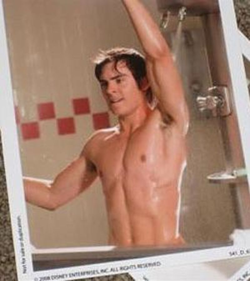 Hot Gay Shower Scenes