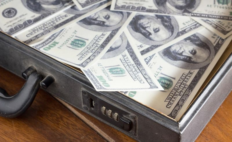 The DOJ Says It's Cool to Start Depositing Legal Drug Money