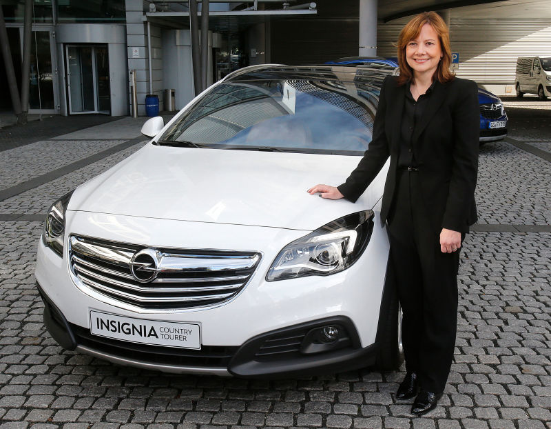 Gm 39 S First Woman Ceo Makes Half A Man 39 S Salary But Is