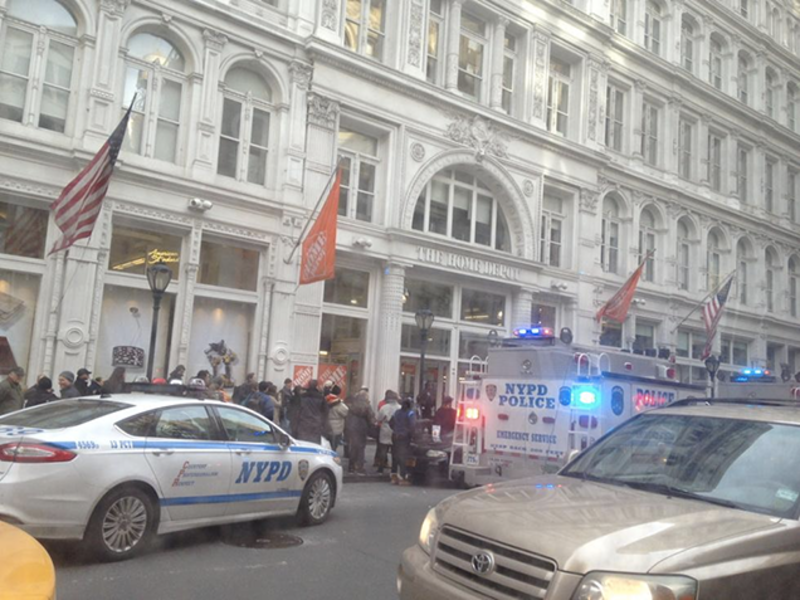 Report Gunman And Victim Both Dead After NYC Home Depot Shooting