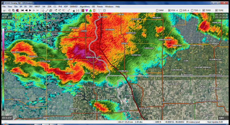 Unleash Your Inner Geek With These Excellent Weather Radar Programs