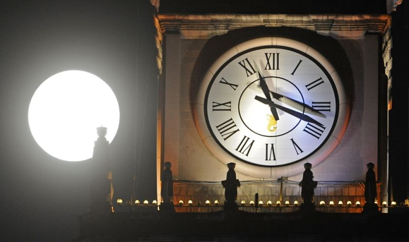 When will the clocks change tonight and why do we use ...