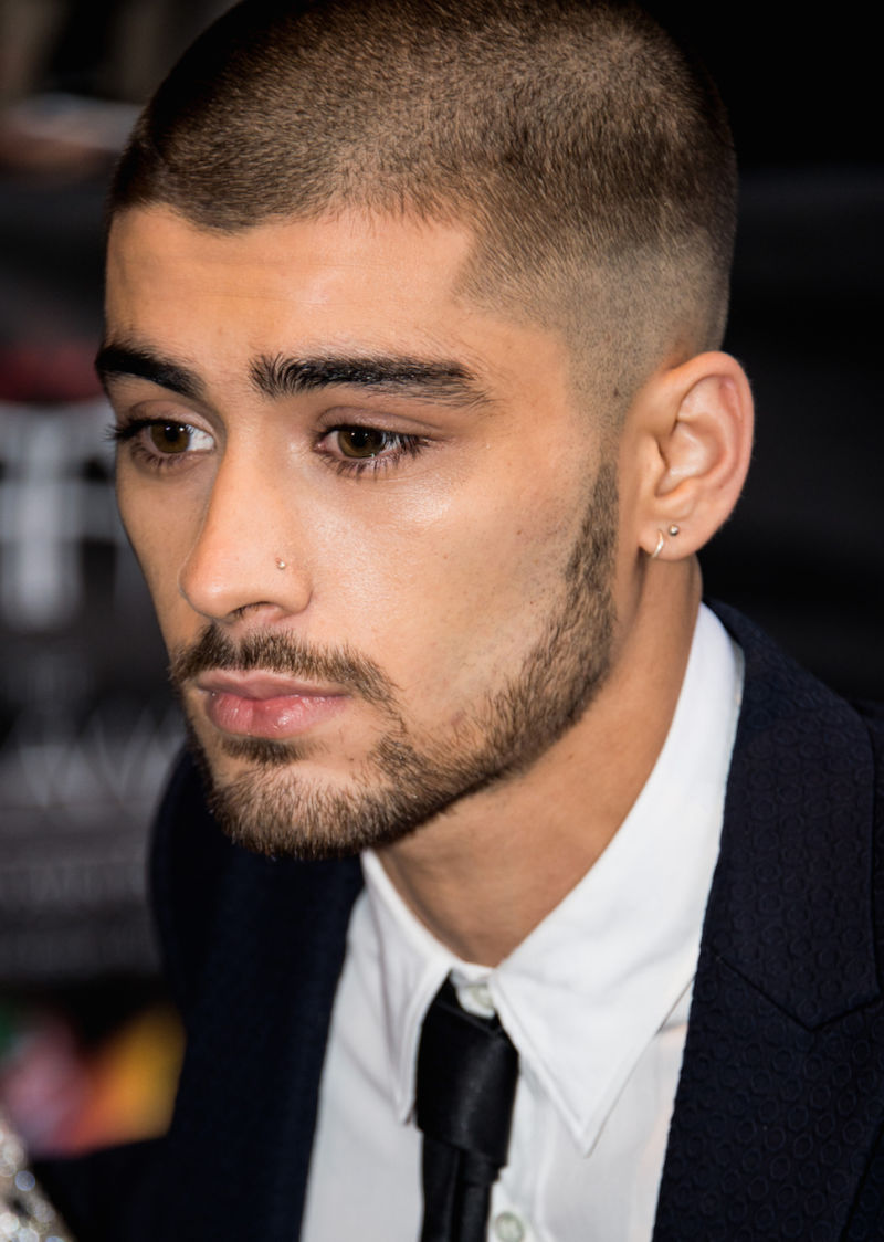 zayn malik new hair new piercing totally loving life after leaving 1d