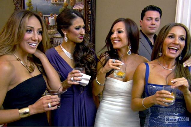 Indicted Felons and Some Fucked-Up Pets on <i>Real Housewives of NJ</i>