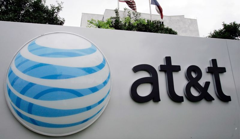 AT&T Billed an Elderly Man $24,000 for Using AOL Dial-Up