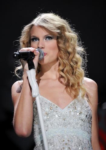05ba8dfa1d147 Taylor Swift  The Next Action Hero