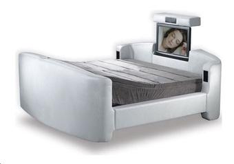 Bed dudes
