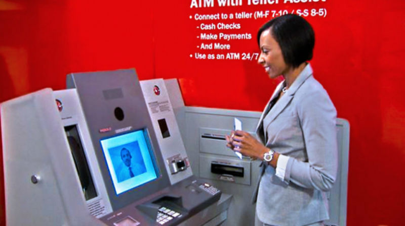 Bank Tellers Ask Banks Please Don T Replace Us With Video Screens